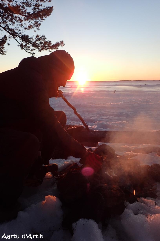 Barbecue au coucher de soleil
